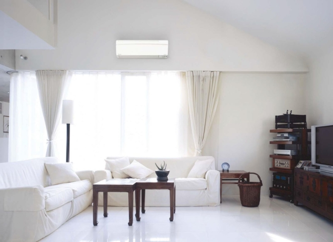 Panasonic 9000 BTU air conditioner is suitable for use with a 15m2 room