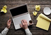 Bàn phím laptop không gõ được có thể tự chữa không hay phải mang ra hàng?