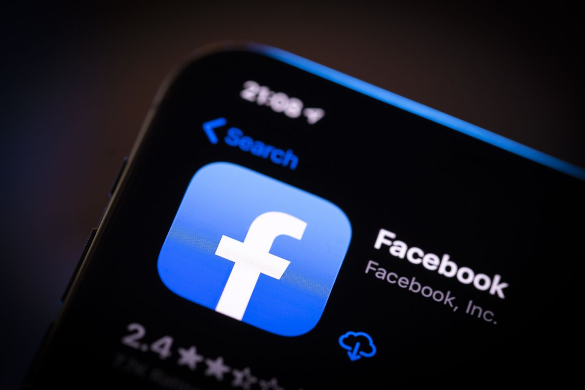 Facebook chiếm tới 4/5 ứng dụng top 5